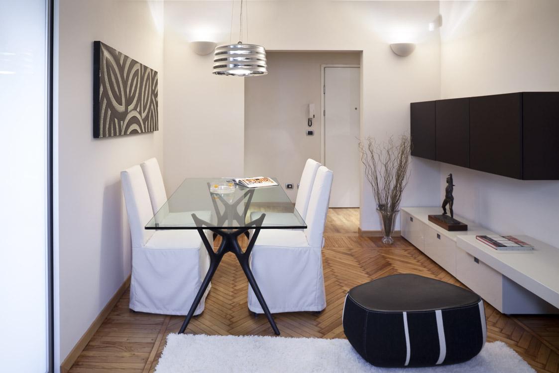 Mini appartamento milano 2008 giovanna azzarello for Appartamenti di design